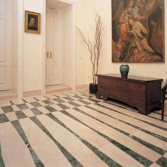 Pavimentazione in Botticino Classico e Verde Alpi a casellario