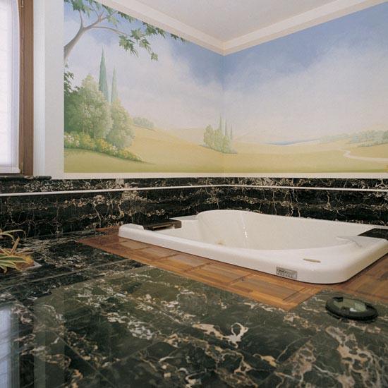 Stanza da bagno in marmo Nero Portoro